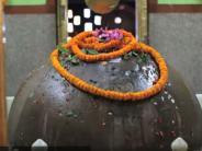 ದಿನದಿಂದ ದಿನಕ್ಕೆ ಗಾತ್ರದಲ್ಲಿ ದೊಡ್ಡದಾಗುತ್ತಿರುವ ಶಿವ ಲಿಂಗದ ದೇವಾಲಯವಿದು