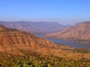 ಮು೦ಬಯಿಯಿ೦ದ ತೆರಳಬಹುದಾದ ಪಾ೦ಚ್ ಗನಿ ಗಿರಿಧಾಮ ಪ್ರದೇಶ