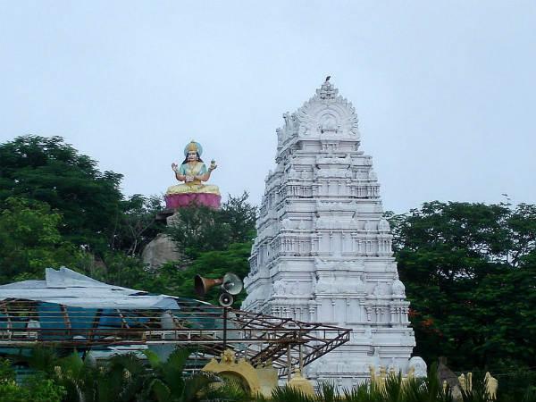 ಇದು ಬಾಸರ ಅಪರೂಪದ ಸರಸ್ವತಿ ದೇವಾಲಯ