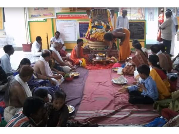 Image result for ತೆಲಂಗಾಣದ ಖಮ್ಮಂ ನಗರದಿಂದ ಸುಮಾರು 20 ಕಿ,ಮೀ ದೂರದಲ್ಲಿನ ಪರ್ವತದ ಮೇಲಿರುವ ಉಗ್ರ ನರಸಿಂಹ ದೇವಾಲಯ