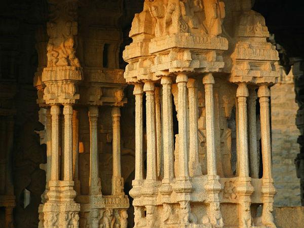 ದಕ್ಷಿಣ ಭಾರತದ ಪ್ರಸಿದ್ಧವಾದ ಸಂಗೀತ ಸ್ತಂಭಗಳನ್