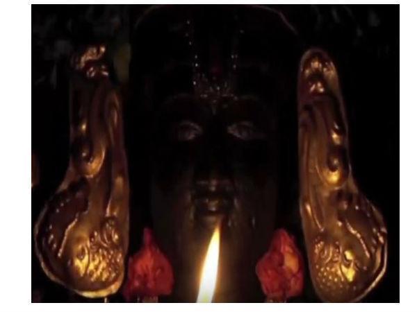 ಹಾರತಿ ಸಮಯದಲ್ಲಿ ಕಣ್ಣು ತೆರಯುವ ಸ್ವಾಮಿಯ ದೇವಾಲಯ ಎಲ್ಲಿದೆ ಗೊತ್ತ?