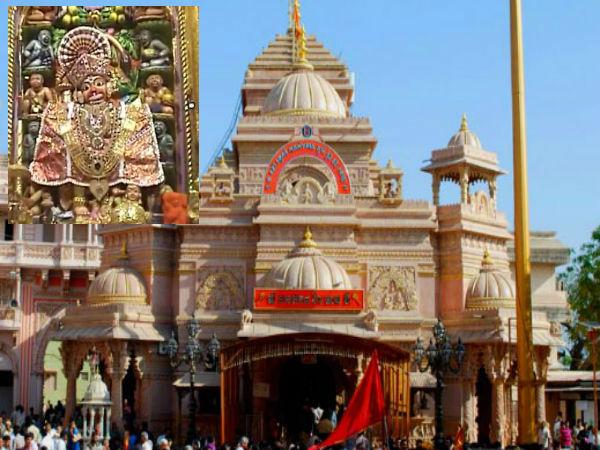 ಹನುಮನ ಕಾಲ ಬಳಿ ಶನಿದೇವ : ಶನಿದೆಸೆ ಮುಕ್ತಿಗೆ ಇಲ್ಲಿಗೆ ಬರ್ತಾರೆ ಭಕ್ತರು