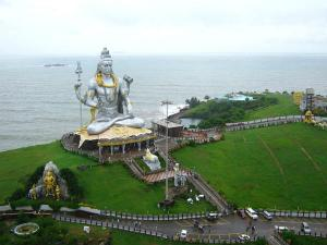 Different Views Murudeshwars Shiva Statue Temple