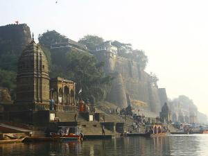 Maheshwar Holy City On The Banks Narmada River