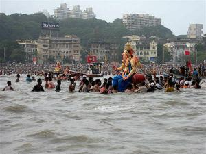 Best Places Witness Ganesh Visarjan Mumbai