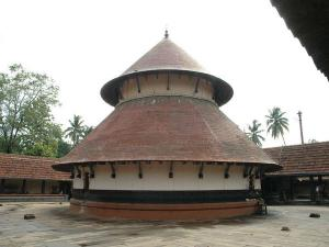 Thirumoozhikkulam Place Where Vishnu Preached Sage Harita
