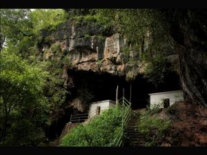 Mind Blowing Kavala Caves Dandeli