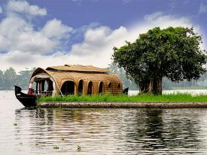 One Day Houseboat Alleppey