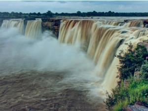 All About India S Widest Waterfall The Chitrakoot Falls