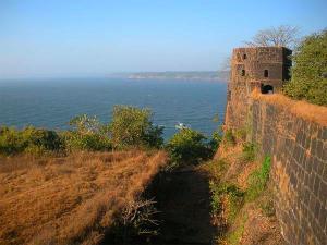 Visit The Less Explored Jaigad Fort Ratnagiri