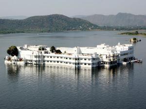 Visit The Magical Lake Pichola Of Udaipur A Fairytale Destination