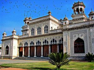 Beautiful Palaces In The Country Which Are Not In Rajas