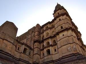 Why Chaturbhuj Temple Should Be Your Next Destination