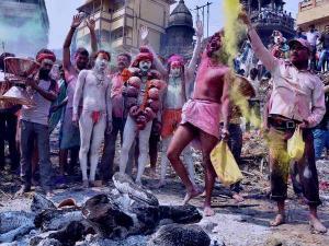Holi Celebration Varanasi With Cremation Ashes