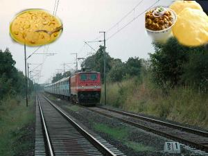 You Must Definitely Eat At These Indian Railway Stations