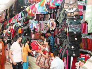 Best Cheap Shopping Places For Street Shopping In India