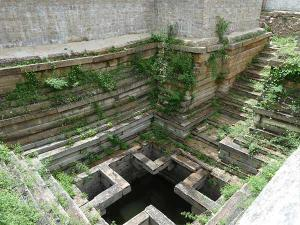 Tantrik Bawadi A Mysterious Well In Madhya Pradesh