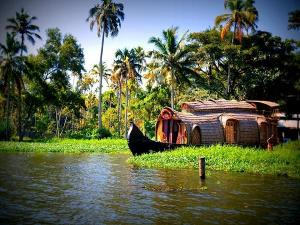 5 Best Places To Visit In And Around Trivandrum Things To Do And Sightseeing