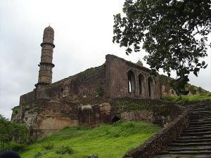 Asirgarh Fort Mysterious Fort In Madhya Pradesh