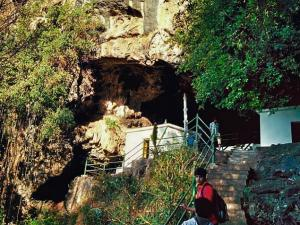 Kavala Caves Dandeli Attractions Timings How Reach