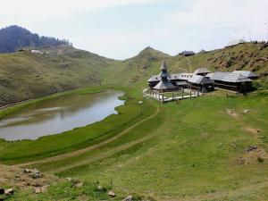 Prashar Lake Temple Himachal Pradesh History How Reach