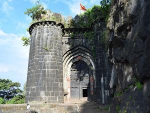 Ajinkyatara Fort Maharashtra Trekking Attractions How Reac