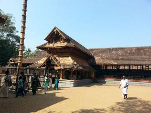 Kandiyoor Sree Mahadeva Temple History How Reach