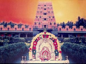Mallam Durga Parameshwari Temple Muliyar History Timings
