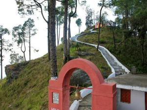Kasar Devi Temple Almora History Attractions How Reach
