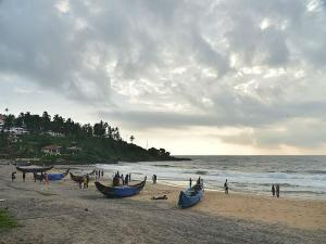 Samudra Beach Kovalam Attractions How Reach