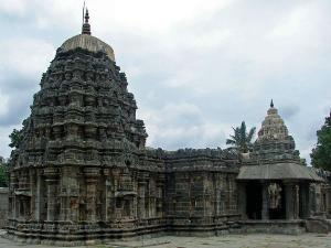 Amruteshwara Temple Annigeri History Attractions How Reac