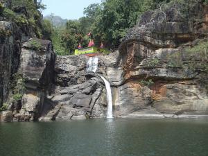Devkund Waterfalls Maharashtra Attractions How Reach