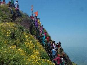 Kalsubai Peak Maharashtra Attractions How Reach