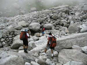 Lahesh Cave Trek Himachal Pradesh Attrcations How Reach