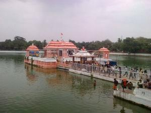 Narendra Pokhari Orissa History Attractions How Reach