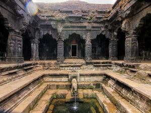 Krishnabai Temple Mahabaleshwar History Attractions How Re