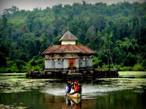 Kere Basadi Varanga History Attractions And How To Reach