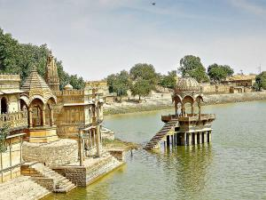 Gadisar Lake Jaisalmer Attractions And How To Reach