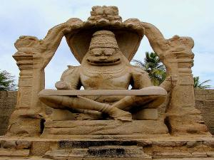 Most Popular Historical Places And Sites In Karnataka