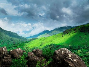 Top 10 Beautiful Hill Stations South India