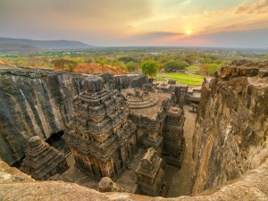 Visit Ellora Caves One The Largest Cave Complexes The Worl