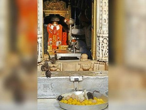 Famous Temples People Must Visit In Rajasthan