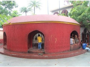 Agam Kuan In Patna Mystery History And How To Reach