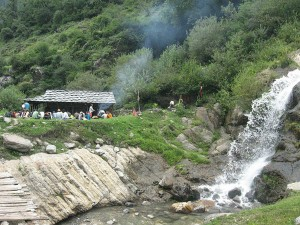Kheer Ganga Trekking In Himachal Pradesh Attractions And Ho