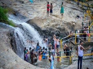 Kumbakkarai Waterfalls History Attractions And How To Reac