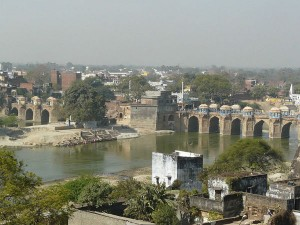 Shahi Bridge Jaunpur History Attractions And How To Reach