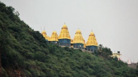 ವಿಜಯವಾಡದಲ್ಲಿರುವ ಕನಕ ದುರ್ಗಾ ಪವಿತ್ರ ದೇವಾಲಯ