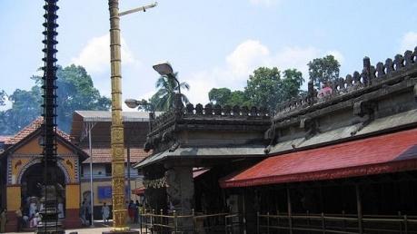 ಕೊಲ್ಲೂರು ಮೂಕಾಂಬಿಕೆ: ಇಲ್ಲಿ  ಕೈ ಮುಗಿದರೆ ಸಾವಿರ ದೇವಸ್ಥಾನಕ್ಕೆ ಕೈ ಮುಗಿದಂತೆ